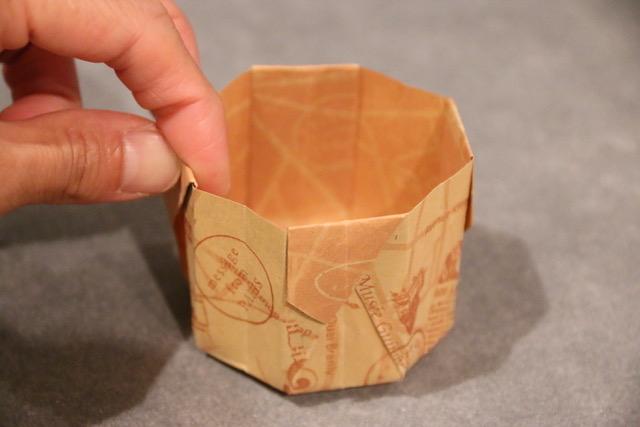 折り紙1枚で簡単☆8角形の箱の作り方[マフィンカップの代用もできる!]