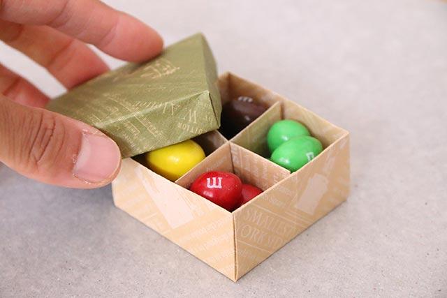 折り紙3枚で簡単☆仕切り&ふた付き箱の作り方
